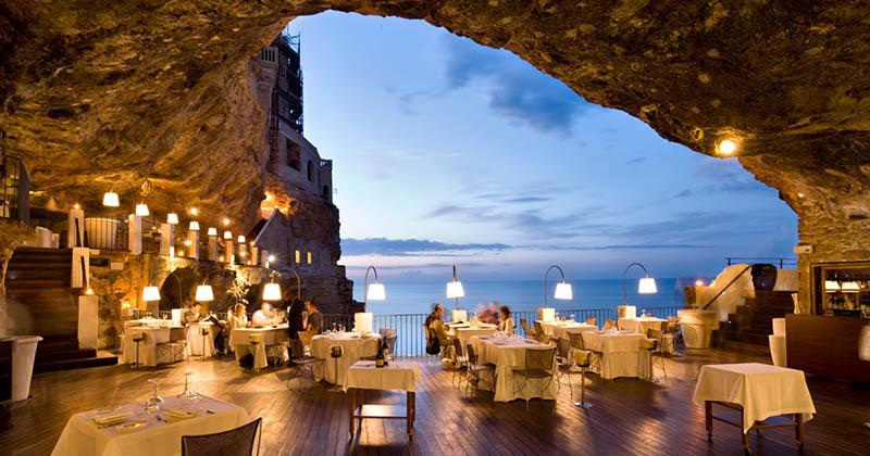 Ristorante Grotta Palazzese.